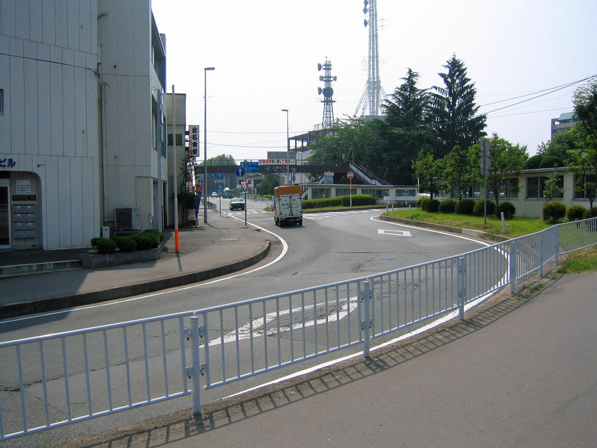 NHK盛岡放送局のアンテナが奥に見える