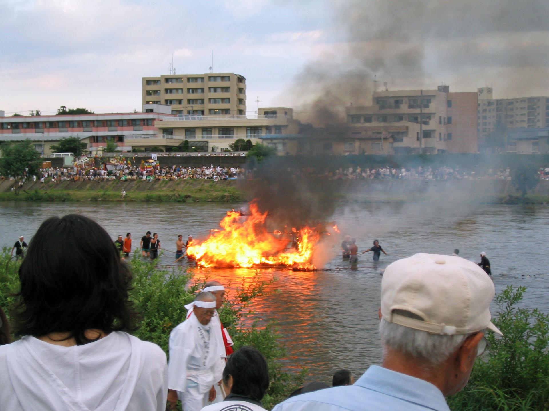 盛岡舟っこ流し2005 3