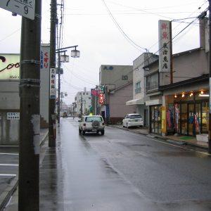 雨ぐずぐずの上田通り