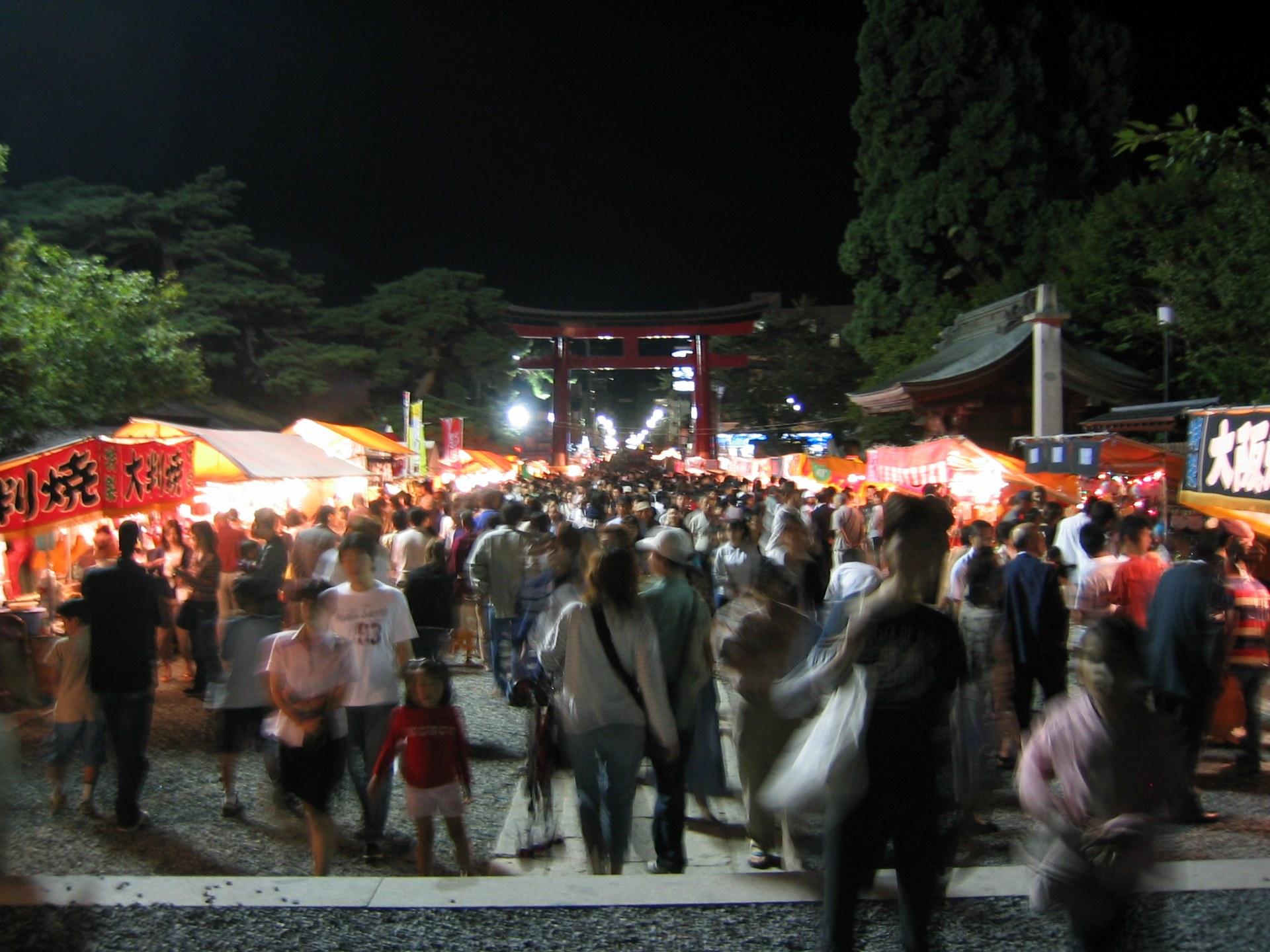 八幡さまの秋祭り[夜編] 5