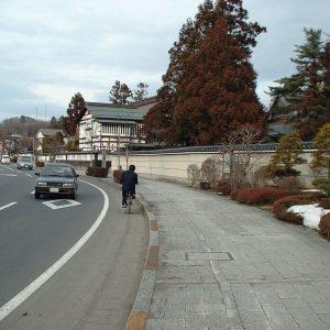 2002年02月トップ画像 03  お寺通り